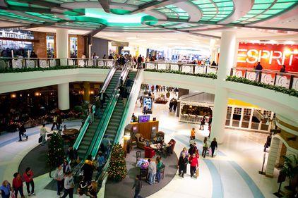 Mall-urile în 2011: noi falimente şi noi deschideri