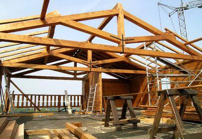 Materialele pentru structura de rezistență: importante, dar nu suficiente pentru siguranța locuinței