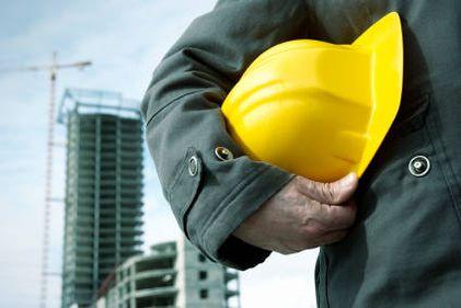 Volumul lucrărilor de construcţii a scăzut cu 63% în ianuarie 2012 ca serie brută