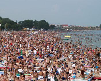 Plajele românești, cu suprafețe mai mari și nisip nou. Începe modernizarea litoralului