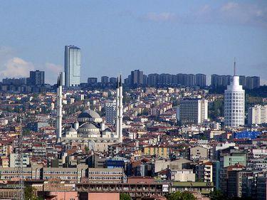 Ankara, una dintre capitalele cu cele mai ieftine proprietăţi imobiliare