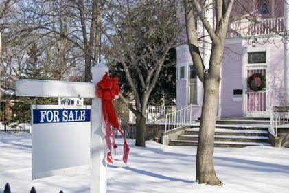 Vânzarea locuinţei, iarna: clienţii sunt puţini şi greu de convins