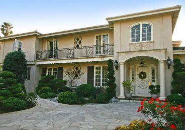 Propunere: Străinii care cumpără o casă de 500.000 dolari în SUA vor primi rezidenţă