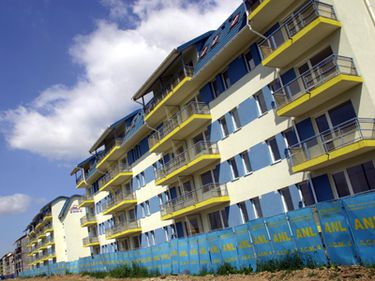 Peste 3.600 locuinţe ANL închiriate tinerilor vor putea fi vândute acestora