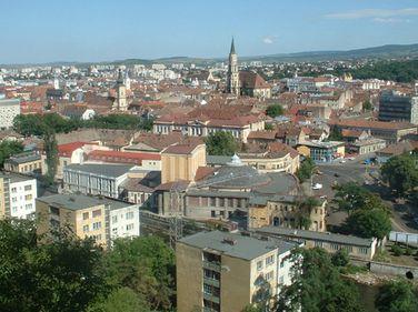 La Cluj, apartamentele vechi cu trei camere ţin la preţ