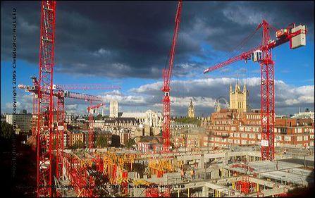 Volumul lucrărilor de construcţii înregistrează o scădere sensibilă faţă de anul trecut