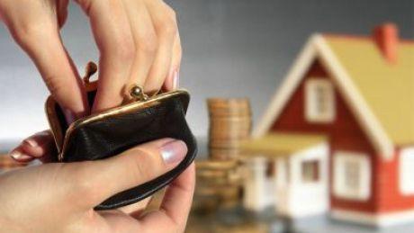 Notarii scumpesc locuinţele. Creşterile de preţ ajung până la 10%