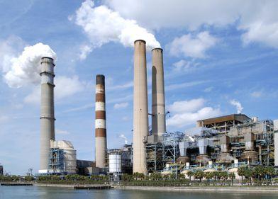 România își vrea fabricile înapoi. Statul oferă 13 milioane de euro pentru reindustrializare