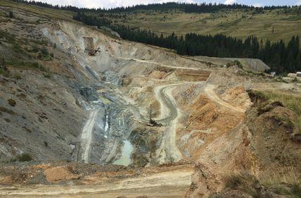 Paradoxul minelor românești - profituri imediate uriașe, înfrânate tocmai de Stat
