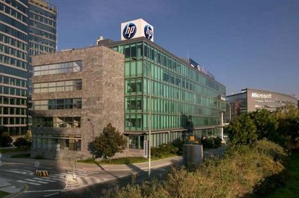 Lângă noi se fac tranzacţii: după ce Skanska a vândut două proiecte în Polonia, Immofinanz a găsit cumpărător pentru o clădire de birouri în Praga