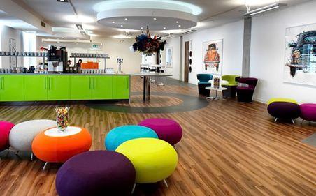 Biroul, a doua casă: marii angajatori se remarcă prin spații office atractive