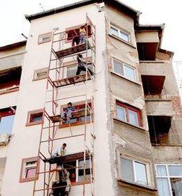 Guvern: Repararea şi închiderea balcoanelor, eligibile pentru credite garantate de stat