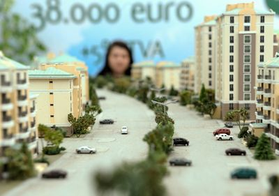 Grecii isi feresc capitalurile de criza, investind in imobiliarele romanesti