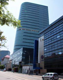 Bucureştiul recapătă o clădire emblematică: cea mai mare construcţie din Piaţa Victoriei