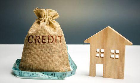 FNGCIMM: băncile pot amâna ratele pentru trei luni