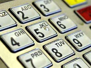 BRD întrerupe sistemul său de carduri în noaptea de marţi spre miercuri