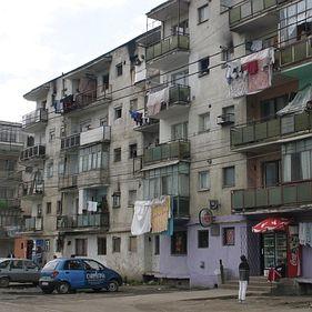 Demarează programul de reabilitare a blocurilor din zone defavorizate