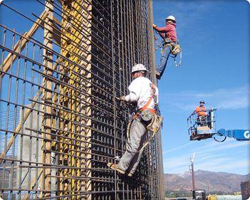 Românii au început să construiască mai mult şi să renoveze mai puţin