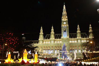 Viena se pregăteşte de Crăciun. Pregăteşte-te şi tu de vacanţă!