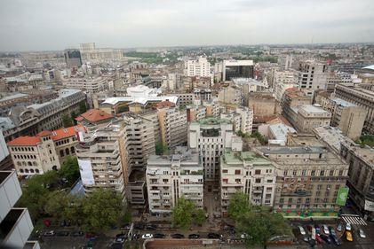 Blocurile vechi din București: demolate sau reabilitate?