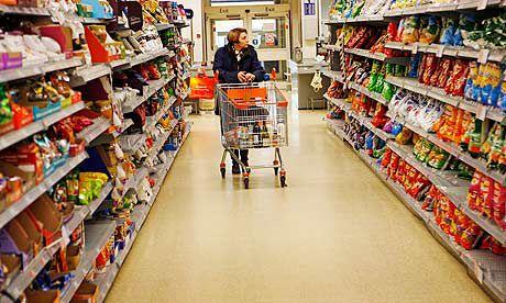 Construcţia de supermagazine ieftineşte alimentele