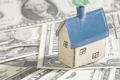 BCR vinde din nou credite pentru locuinţe în lei