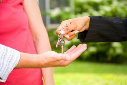 ANCPI: tranzacţiile imobiliare, în creştere cu 16%, faţă de anul trecut