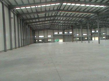94.300 mp de spaţii industriale au fost închiriaţi în 2010