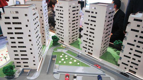 Scăderea drastică a autorizaţiilor de construire ar putea crea un nou deficit de ofertă în 3-5 ani
