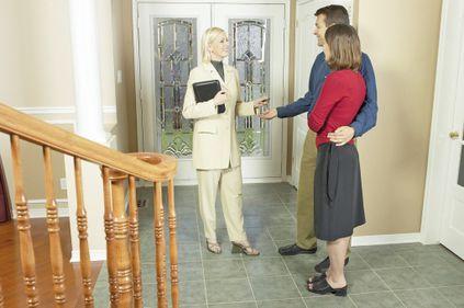 Avantajele colaborării cu un agent imobiliar