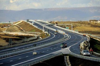 Autostrada Transilvania – o nouă şansă la construcţie, fără Bechtel