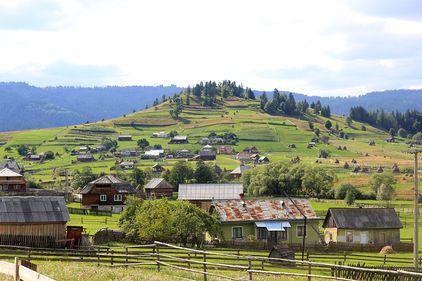 România, țara proprietarilor pe cocioabe de lux