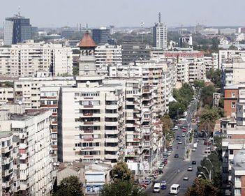 Apartamentele de la parter și ultimul etaj: multe avantaje, riscuri infime