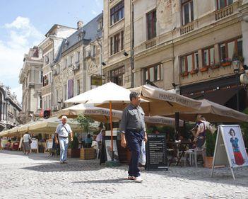Polul arterelor comerciale din Capitala se muta in zona Lipscani-Piata Unirii