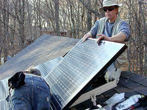 Programul Casa Verde ar putea dubla numărul locuinţelor dotate cu panouri solare