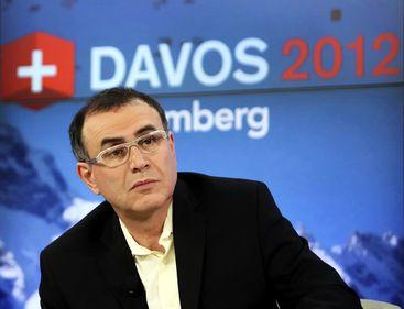 Roubini: Grecia va renunţa la moneda euro, în mai puţin de un an. Va urma Portugalia