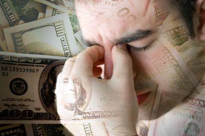 Ratele lunare, povară grea. Cum rezolvi problemele financiare?
