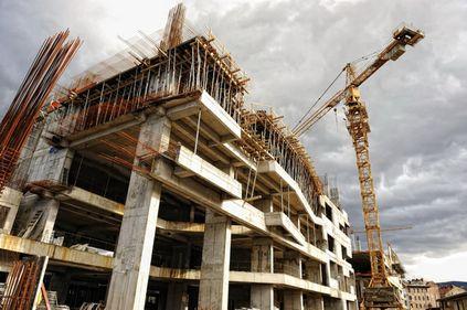 INS: volumul lucrărilor de construcții a scăzut cu circa 11%