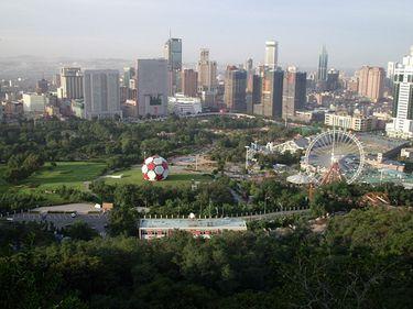 China: sectorul imobiliar in scadere pentru a sasea luna consecutiv