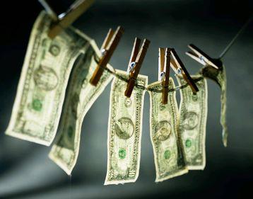 Bancpost cere falimentul firmei pastorului acuzat de spălare de bani
