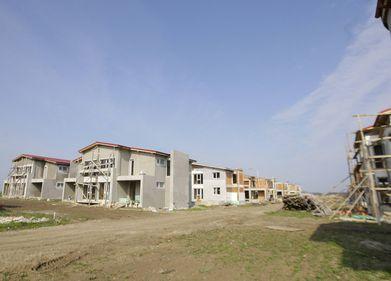 Constructor: Chiar dacă locuinţele s-ar construi cu 10 euro/mp tot nu s-ar vinde