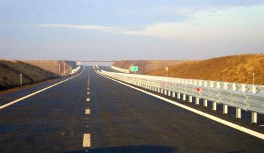 Autostrăzi şi drumuri finalizate, în sfârşit. România se pregăteşte pentru investitori sau pentru alegeri?