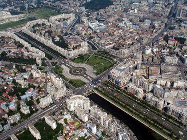 Bucureştiul, reconstruit: o nouă Universitate, parcări, tuneluri şi pasaje. Simţi diferenţa?