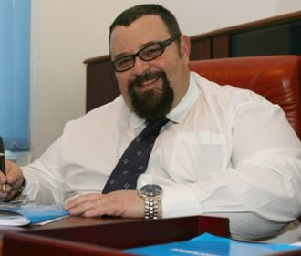 În sectorul 4, falşi consilieri ai primarului cer bani cetăţenilor pentru a le asigura locuinţe sociale