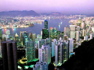 Top 10 – Metropole care atrag cei mai mulţi bani din turism