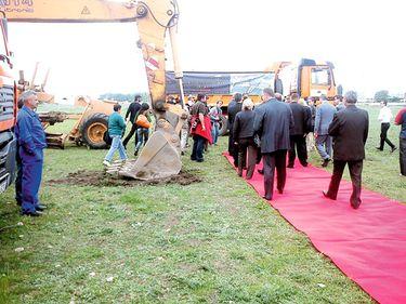 Spaniolii au început la Turda un proiect de 200 mil. euro. Prima clădire ar trebui să fie gata în septembrie