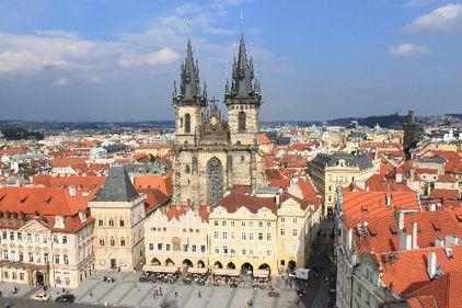Încotro se îndreaptă piaţa imobiliară din Cehia? De patru ani preţurile nu se opresc din picaj