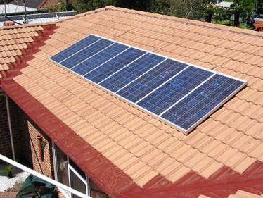 Ultimii din Europa: România are 5 mp de panouri solare la mia de locuitori, în Bulgaria raportul e de 2,6 ori mai mare
