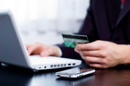 Studiu BCR: Numărul utilizatorilor de online banking în România a crescut de 3 ori în ultimii 3 ani