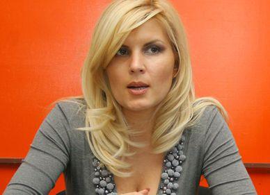 VIDEO: Elena Udrea vrea să scumpească chiriile locuinţelor ANL